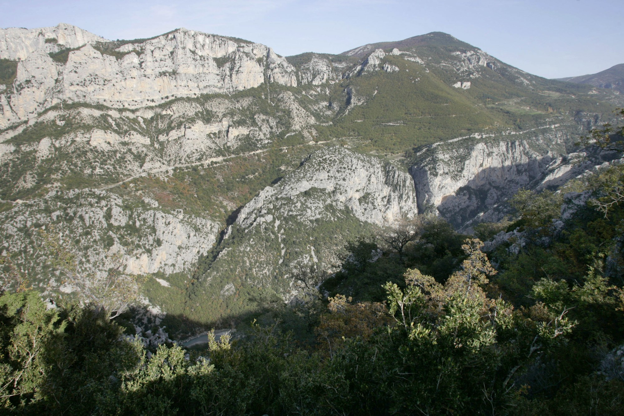 Summer vacation : the Gorges du Verdon victims of their own success