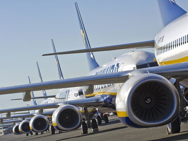 Ryanair extends the elimination of the rate of change of flight