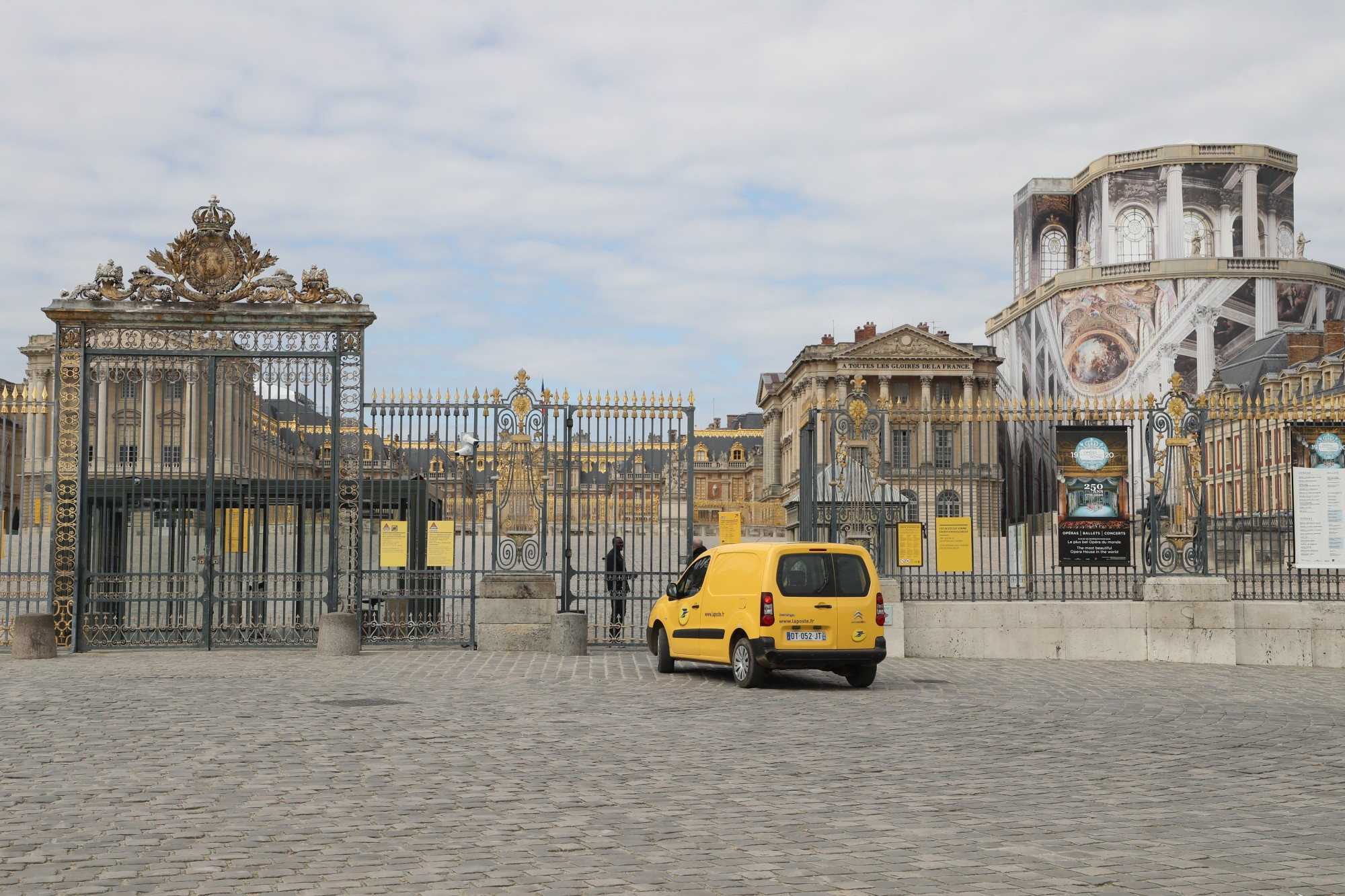 """Palace of Versailles : """"We have lost around 45 million euros"""", says Catherine Pégard on RTL"""