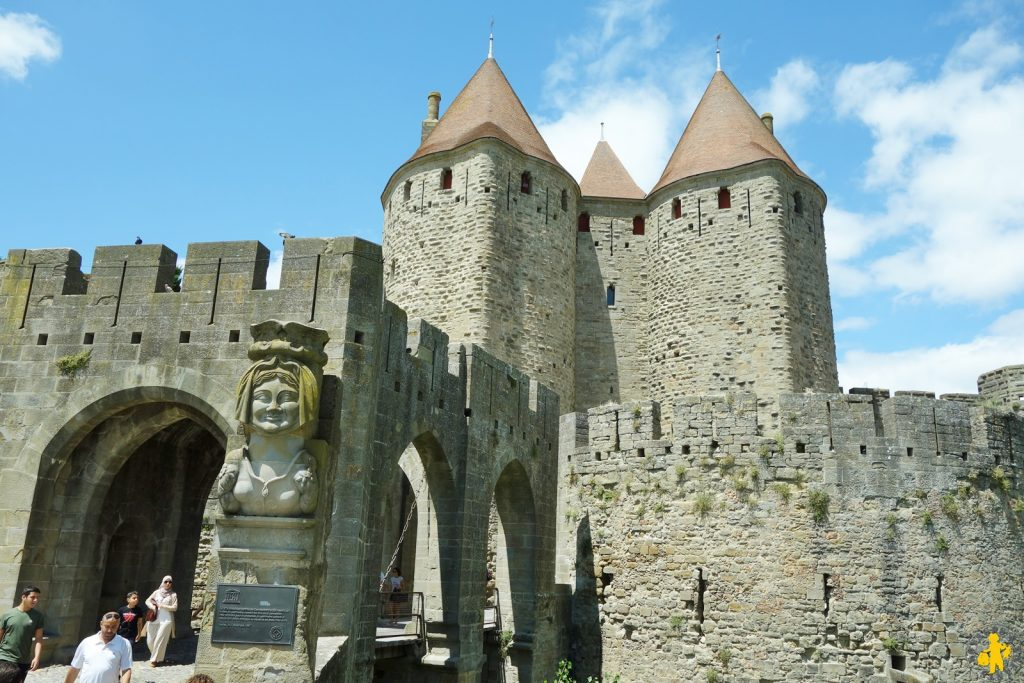 Family stay in Carcasonne - Family visit trip